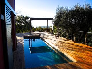 La Maison Rouge, Great Rental with Balcony, Pool, Garden - Tourrettes-sur-Loup vacation rentals