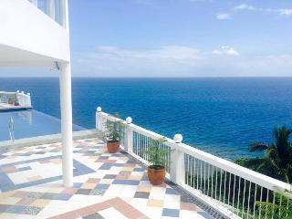 Beautiful 12 bedroom Villa in Laiya - Laiya vacation rentals