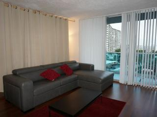 Beautiful Ocean Front 1Bedroom/Den/1.5Bath - Hollywood vacation rentals