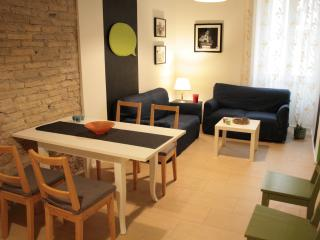 Gorgeous Apartment with Dishwasher and Short Breaks Allowed in Rome - Rome vacation rentals