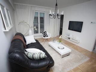 Apartment Claudia Zagreb - Croatia - Zagreb vacation rentals