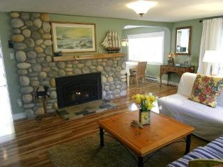 Family friendly by the Beach, Bakers Cottage - Parksville vacation rentals