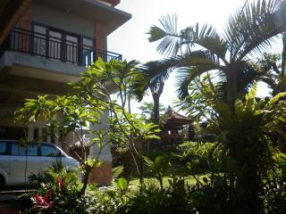 2 bedroom Guest house with Internet Access in Denpasar - Denpasar vacation rentals