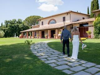 Villa I Cerri, oasis of peace and tranquillity near the banks of Lake Trasimeno. - Corciano vacation rentals