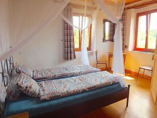 Ca Agostino B+B, camera LIBERTY - Sassocorvaro vacation rentals