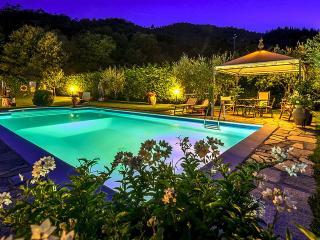 Villa Il Seccatoio a cozy stone House in Cortona - Cortona vacation rentals