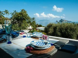 Comfortable 3 bedroom Villa in Panarea - Panarea vacation rentals