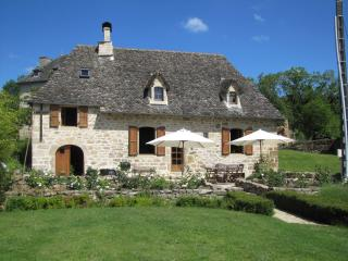The Cottage in France: luxurious 17th cent. house - Correze vacation rentals