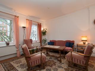 ALSTER CITY GARDEN VILLA  APT - Buxtehude vacation rentals