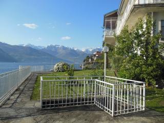 Cozy 3 bedroom Apartment in Dervio with Internet Access - Dervio vacation rentals