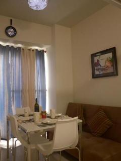 Romantic 1 bedroom Condo in Tagaytay - Tagaytay vacation rentals