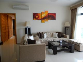 Luxury 2-Bedroom Apartment at HavelockCity - Uswetakeiyawa vacation rentals