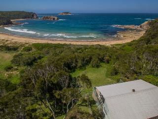 10 Ocean Road, Guerilla Bay - Tomakin vacation rentals