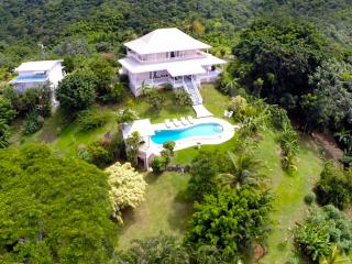 Mahogany Ridge, Elegant comfort,Pool, Ocean Views. - Black Rock vacation rentals