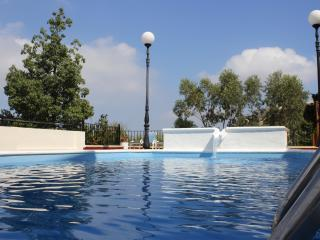 Pollyana villa apartment - Mellieha vacation rentals