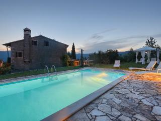 Cozy 3 bedroom Buzet Villa with A/C - Buzet vacation rentals
