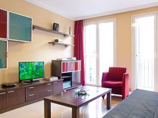 At 2 min from Gran Vía (free WIFI) A - Madrid vacation rentals