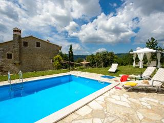Cozy 3 bedroom Villa in Buzet - Buzet vacation rentals