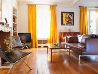 Tremendous 3 Bedroom Apartment in Paris - Paris vacation rentals