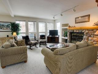 A gracious home, next door to the pool, tennis & more! - Sun Valley vacation rentals