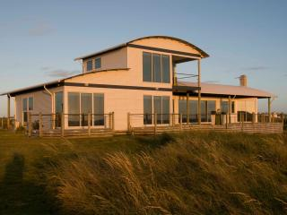 Wytonia Beachfront Accommodation - Port Fairy vacation rentals