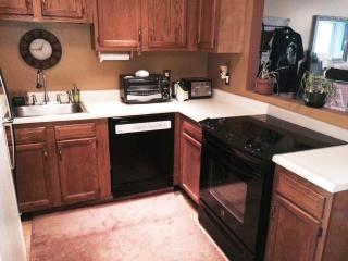 Nice Condo with Internet Access and A/C - Beverly vacation rentals