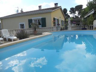 Location d'un 2 pièces dans une villa - Le Cannet vacation rentals