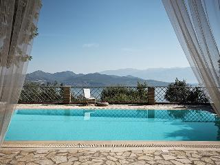 Luxurius, amazing seaviews/pool, WiFi-Villa Aethra - Nikiana vacation rentals