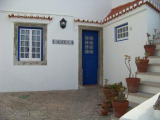 Charming Chalet with Internet Access and Central Heating - Azenhas do Mar vacation rentals