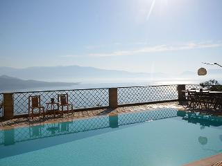 Luxurius villa, seaviews, pool, WiFi-Villa Asteria - Nikiana vacation rentals