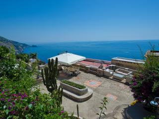 Bright Villa with Internet Access and Wireless Internet - Praiano vacation rentals