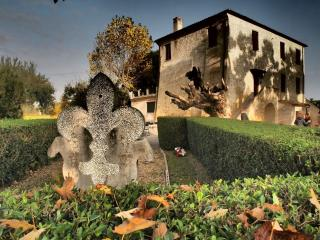 Casa Berardi - Appartamento Il Mezzadro - Ortona vacation rentals