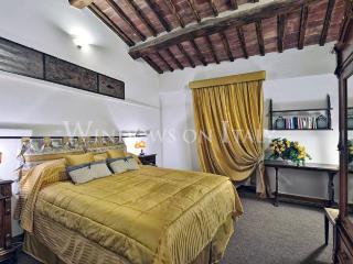 Residenza Ambra - Windows On Italy - Siena vacation rentals