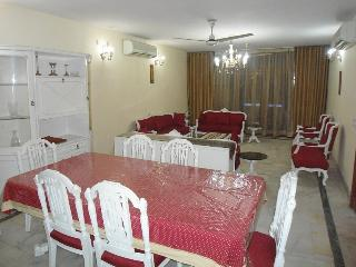 Plush 4 Bedroom Apartment Greater Kailash - New Delhi vacation rentals