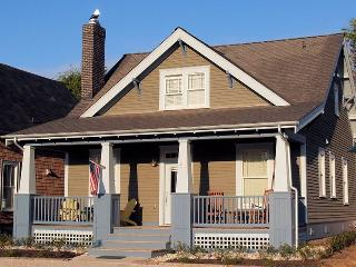 Solla Sollew w/ Carriage House - Pacific Beach vacation rentals