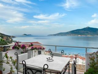 MANZARALI ( with a panoramic sea view) Komurluk Apartments, Kalkan - Kalkan vacation rentals