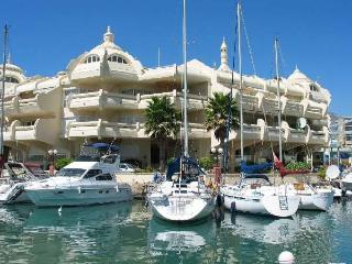 Fantastic Apartment Benalmadena Marina Pool  Wifi  Aircon   Fantastic Sea Views! - Benalmadena vacation rentals