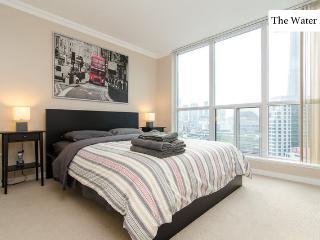 2 Bedroom Waterfront Retreat with Parking - Toronto vacation rentals