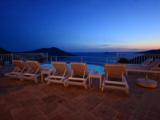 5 Bedrooms Villa Kiziltas with airport transfer - Kalkan vacation rentals