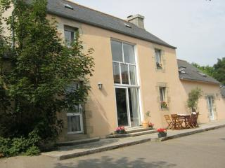 4 bedroom Gite with Internet Access in Brest - Brest vacation rentals