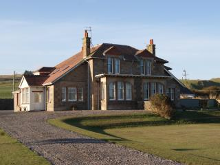 Lovely Villa with Internet Access and Satellite Or Cable TV - Machrihanish vacation rentals