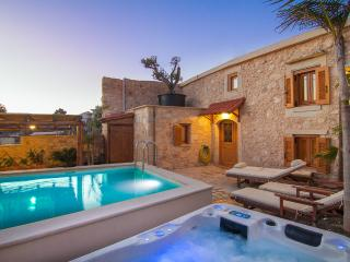 Villa Salis - Luxury Villa with Pool & Hot Tub! - Rethymnon vacation rentals