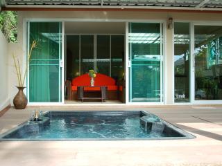 1 bedroom private Villa with Jaccuzzi - Krabi vacation rentals