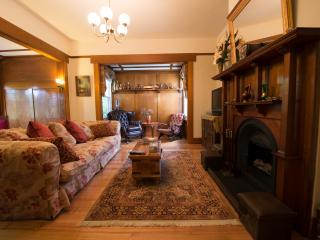 Twyford -classic property-  couplesup to 9 guests - Launceston vacation rentals