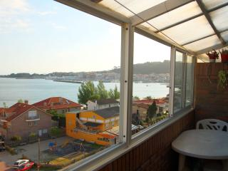 Views to the sea, near the beach and center city - Pontevedra Province vacation rentals