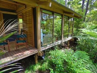 Romantic Chalet in Native Bush, Auckland - Auckland vacation rentals