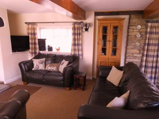 Rural detached cottage on dairy farm near Swanage - Swanage vacation rentals