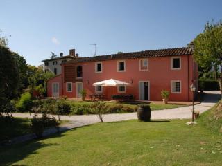 Casa Rosa Vacation Rental in Tuscany - San Michele di Moriano vacation rentals
