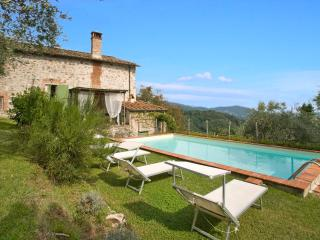 Nice Villa with Dishwasher and Stove - Monsagrati vacation rentals