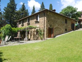 LA COMMENDA - Volpaia vacation rentals